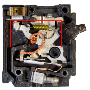 circuit breaker actuator mechanism